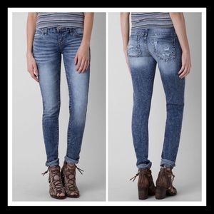 [Daytrip] Ladies Denim Skinny Jeans